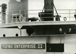 France Le Havre Arrivée Du Capitaine Carlsen Naufrage Du Flying Enterprise Ancienne Photo 1952