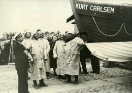 Pays Bas Hoerdwick Capitaine Kurt Carlsen Canot De Sauvetage Ancienne Photo 1953 - Boats