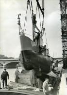France Paris Salon Nautique Le Bathyscaphe Record De Plongee Ancienne Photo 1955