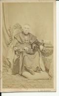 CABINET  PHOTO,  CDV   --  WIEN, AUSTRIA  --  ....VSKY PRIMAS  --  FOTOGR. : L. ANGERER -- 10 Cm  X 6 Cm - Ancianas (antes De 1900)