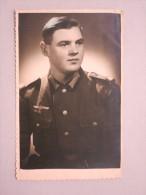 AK Private Ansichtskarte 3. Reich - Soldat In Luftwaffen-Uniform - Guerra 1939-45