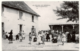 87. HAUTE-VIENNE - CHALUS. La Colonie De Vacances (Oeuvre Catholique) Au Pensionnat Du Château. Les Jeux - Chalus