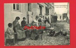 Aveyron - Scènes Champêtres ... L'Après Midi Au Village ... ( Couture ... Tricoter ...Voir Numéro D'objet: 268109031 ) - Autres Communes