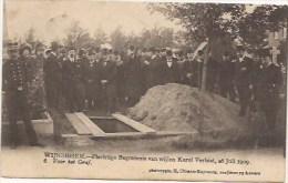 WIJNEGEM: Plechtige Begrafenis Van Wijlen Karel Verbist, 26 Juli 1909, Voor Het Graf (nr 6) - Wijnegem