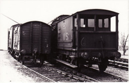 Railway Photo LMS Goods Brake Van 1669 + Van 23654 Wagon - Trains