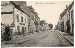 21 - Côte D'Or / SEMUR -- La Rue De Paris (Machines Agricoles, Café Perrot). - Semur
