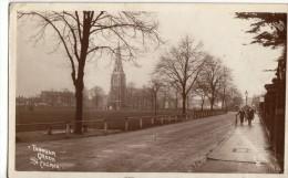 Turnham Green & Church.     RPPC. (D1174). - London Suburbs