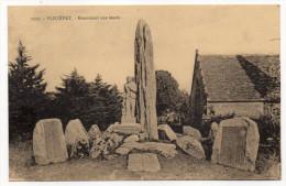 PLOZEVET----Monument Aux Morts  N°7020 Collec Villard .........à Saisir - Plozevet