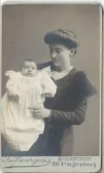 Photographie Sur Carton/Petit Format/Femme Avec Bébé/Billancourt/Vers 1900-1910      PHOTN57 - Non Classificati