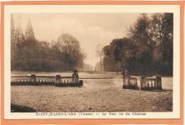 SAINT JULIEN L'ARS  (cpa 86)  Le Parc Vu Du Château  - - Saint Julien L'Ars