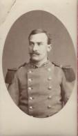 Photographie Sur Carton Démontée/Petit Format/Militaire Du 37éme Avec épaulettes//Vers 1905- 1910   PHOTN62 - Non Classificati