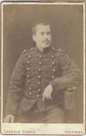 Photographie Montée Sur Carton /Grand Format//Buste De Militaire Assis/Dubois /Poitiers/Vers 1900   PHOTN77 - Non Classificati
