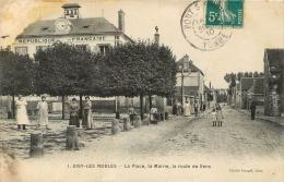 GISY LES NOBLES LA PLACE LA MAIRIE LA ROUTE DE SENS - Other Municipalities