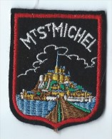 Ecusson Tissu / Armoiries/ Villes De France/MONT SAINT MICHEL/ Années 70    ET78 - Dépliants Touristiques