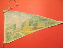 Drapeaux / Fanion Tissu/SESTRIERE 2035 M /Années 60         DFA18 - Tourism Brochures