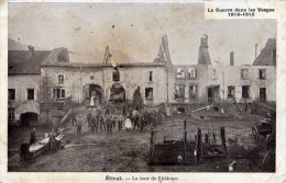 88 ETIVAL La Guerre Dans Les Vosges 1914.1915 La Cour De L´Abbaye Animée - Etival Clairefontaine