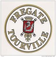 153 - AUTOCOLLANT - MARINE NATIONALE - FREGATE TOURVILLE - Stickers