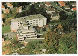 POITIERS--Vue Aérienne--Clinique Gynéco-obstétricale Du Fief De Grimoire,38 Rue Du Fief ,cpm éd AIR Promotion-carte Pub - Poitiers