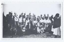 Photographie Ancienne, Années 30, 15 Août 1937, Anonyme, Bigouden à Saint-Guénolé (Penmarc'h, Finistère, Bretagne) Co... - Places