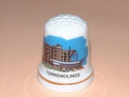 Dé A Coudre En Porcelaine - TORREMOLINOS - A15 - Ditali Da Cucito