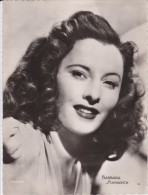 Photo 17 X 23 Cm.Barbara Stanwyck.Chocolaterie Clovis. - Personas Identificadas