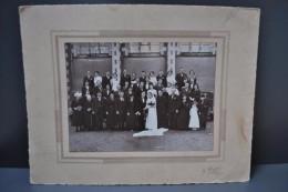 Photographie Mariage Anjou Saint Lambert Du Lattay N°3 Circa 1920 Costumes Et Coiffes Grand Format Contrecollée/carton - Otros
