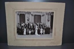Photographie Mariage Anjou Saint Georges Des Gardes Circa 1920 Costumes Et Coiffes Grand Format Contrecollée/carton - Otros