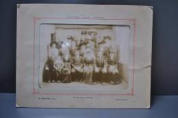 Photographie Groupe Mariage Circa 1890 Costumes Et Coiffes Photographe VRONDY à Fougères Ille Et Vilaine - Otros