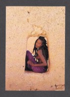 PIN UPS - SEXY EROTIC GIRL - TRÈS JOLIE FILLE - SEINS NUS  NUDE BREAST  Photographe Uwe Ommers BLACK LADIES  Par TASCHEN - Pin-Ups