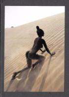 PIN UPS - SEXY EROTIC GIRL - TRÈS JOLIE FILLE -  NU  NUDE Photographe Uwe Ommers BLACK LADIES  Par TASCHEN - Pin-Ups