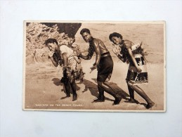 Carte Postale Ancienne : TONGA : Dancers On The Beach, Stamp Fiji, 1929 - Tonga