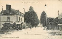 Cpa 61 Mortagne, Avenue De La Gare, Drapeaux Vers Le Passage à Niveau..., Voir Correspondance Poilu 1915 - Mortagne Au Perche