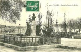 Vannes. La Statue Le Sage Sur La Rabine . - Vannes