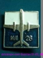 Soviet Airplane IL-28 / Soviet Badge _01-03_1203_09 - Luftfahrt