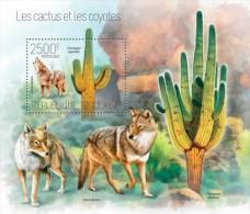 Togo. 2013 Cactus And Coyotes. (710b) - Sukkulenten