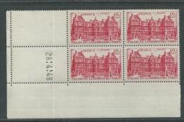 France N° 803 XX Palais Du Luxembourg En Bloc De 4 Coin Daté Du 28 . 4 . 48  Sans Trait Sans Charnière,  TB - 1940-1949