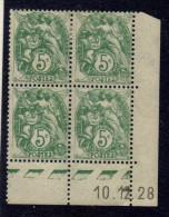 CD0024    N°111 - 5c Type Blanc - Coin Daté 10/12/28  - Avec Charnière Et Tâches De Rouille Sur La Gomme *