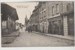 CPSM COMBOURG (Ille Et Vilaine) - La Rue Des Halles - Combourg