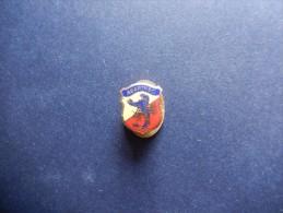 Pins's Abarth - P304 - Pin's