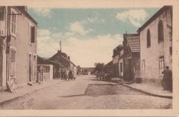 03 Allier  :   Doyet  Rue Ledru-Rollin  Route De Commentry     Réf  630 - Autres Communes