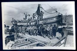 Cpsm Du Portugal Nazare -- Um Grupo De Pescadores -- éditeur Loty    DEC15 03 - Leiria
