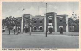 "04586 ""AFRICA ORIENTAL PORTUGUESA (P.E.A) MOCAMBIQUE - CORREIOS E TELEGR"" ARCHIT. XX SEC. CART. POST. ORIG. SPED. 1956. - Mozambico"