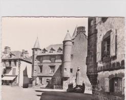 Cantal :  SALERS  : Vue - France