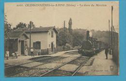 CPA 2066 - Chemin De Fer Arrivée Du Train En Gare De CHARBONNIERES-LES-BAINS 69 - Charbonniere Les Bains