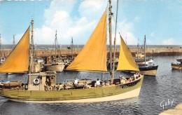 ¤¤  -   56   -  ILE D'YEU   -  Un Thonier Rentrant Au Port   -  Bateau De Pêche   -  ¤¤ - Ile D'Yeu