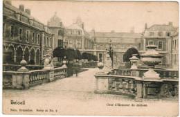Beloeil, Cour D'honneur Du Château (pk27465) - Beloeil