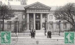 REIMS - 51 -  Le Palais De Justice    - VAN - - Reims
