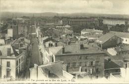 42   Roanne  Vue Générale Sur La Rue Du Lycée - Roanne