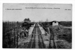 CHANTELOUP La Gare D Andrèsy  Lègerement Plissè Haut De Carte - Gares - Sans Trains