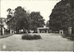 Bouge (Namur) -- Sanctuaire De  Ste - Rita.  -  Le Parc.    (2 Scans) - Namur